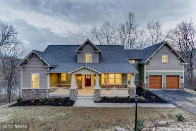 New Market Single Family Home For Sale: 6795 Accipiter Drive