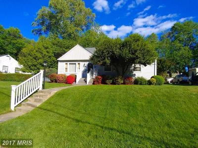 Mount Airy Townhouse For Sale: 201 West Manor Court