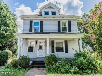 Middletown Single Family Home For Sale: 214 Prospect Street