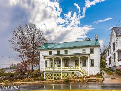 Middletown Multi Family Home For Sale: 11 Main Street