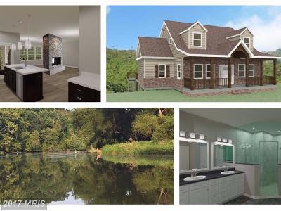 New Market Single Family Home For Sale: 6704 Woodridge Road