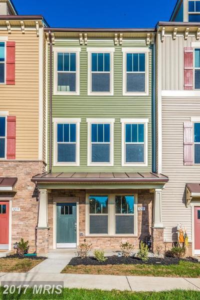 Urbana Townhouse For Sale: 3237 Stone Barn Drive