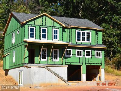 Frederick Single Family Home For Sale: 6004 Larsen Drive