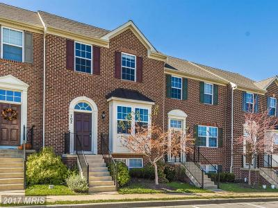 Middletown Townhouse For Sale: 702 Stone Springs Lane
