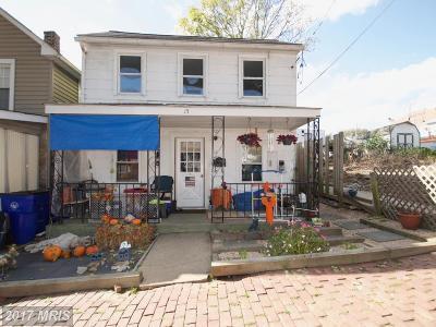 Frederick Single Family Home For Sale: 15 Virginia Avenue S