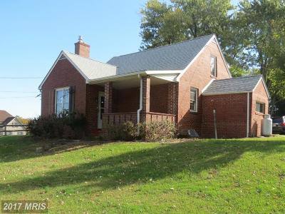 Frederick Single Family Home For Sale: 8335 Edgewood Church Road