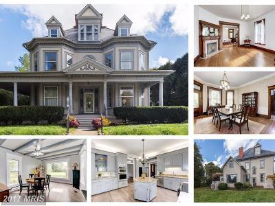 Middletown Single Family Home For Sale: 100 Prospect Street