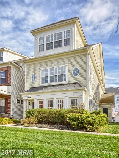 New Market Townhouse For Sale: 6808 Chickadee Lane