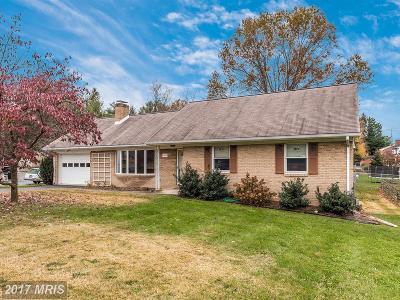 Middletown Single Family Home For Sale: 704 Main Street
