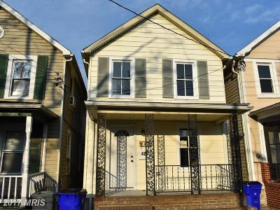 Frederick Single Family Home For Sale: 425 Bentz Street