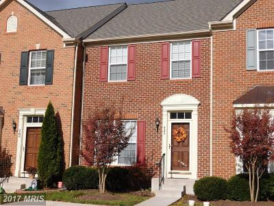 Middletown Townhouse For Sale: 11 Smoke House Circle