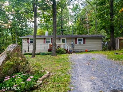 Winchester Single Family Home For Sale: 104 Forked Horn Trail