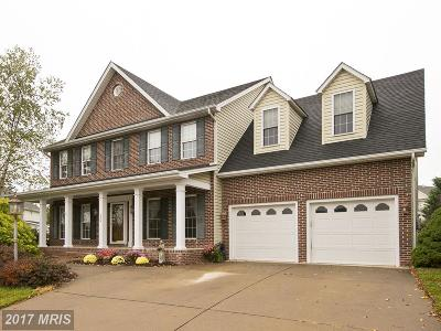 Winchester Single Family Home For Sale: 124 Dewberry Drive