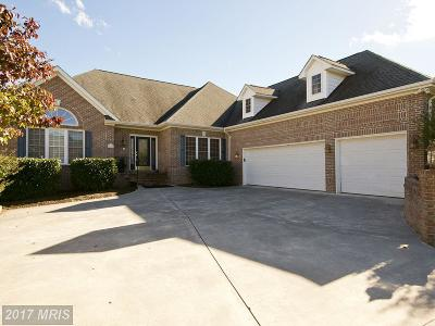 Frederick Single Family Home For Sale: 235 Fairfield Drive