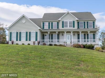 Frederick Single Family Home For Sale: 105 Brass Kettle Court