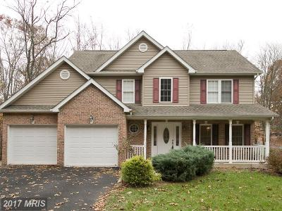Frederick Single Family Home For Sale: 323 Laurel Drive