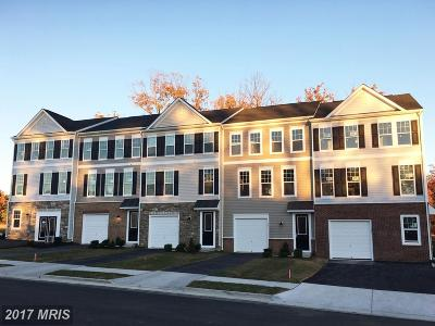 Winchester Townhouse For Sale: 106 Keller