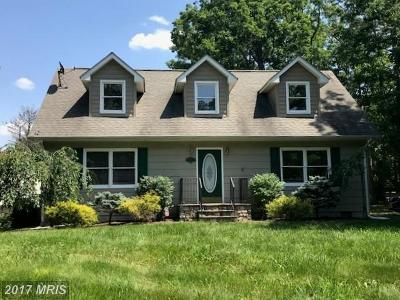 Frederick Single Family Home For Sale: 600 Lakeview Drive