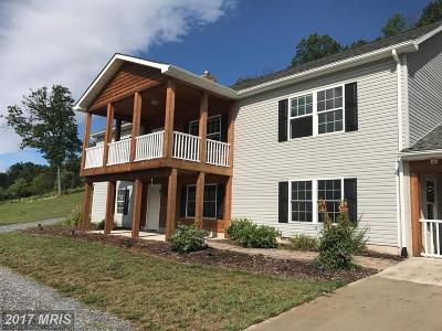 Frederick Single Family Home For Sale: 210 Gough Road