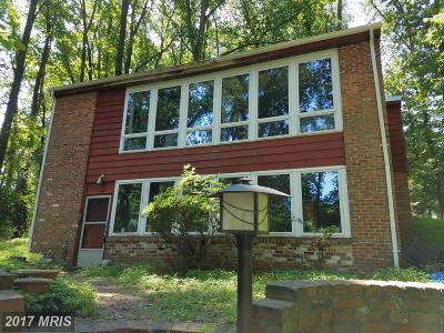 Vienna Single Family Home For Sale: 1700 Brookside Lane
