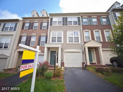 Lorton Townhouse For Sale: 8110 Dove Cottage Court