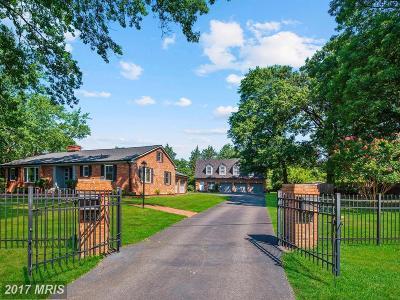 Alexandria Single Family Home For Sale: 5530 Bradley Blvd.