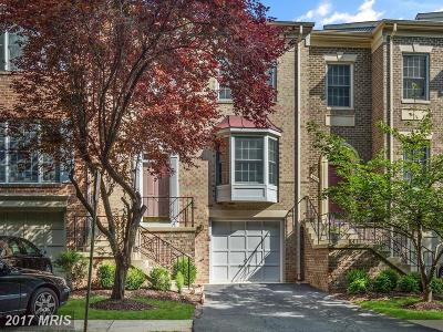 Burke Townhouse For Sale: 6363 Tisbury Drive