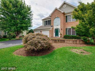 Reston Single Family Home For Sale: 10802 Crippen Vale Court