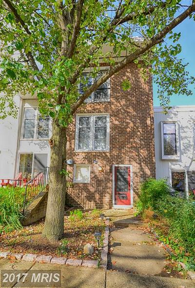 Reston Townhouse For Sale: 1612 Wainwright Drive
