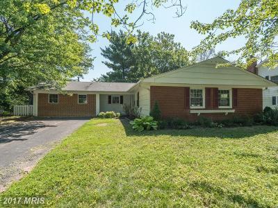 Fairfax VA Single Family Home For Sale: $479,000