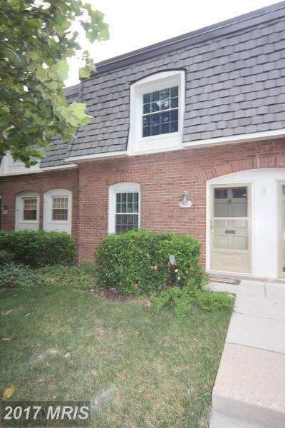 Springfield Townhouse For Sale: 5921 Bayshire Road #112