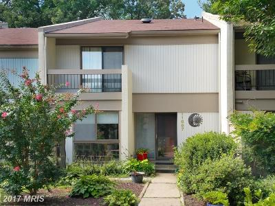 Reston Townhouse For Sale: 11667 Newbridge Court