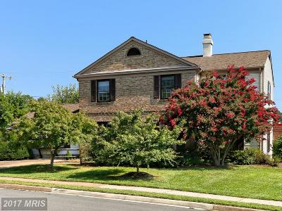 Herndon Single Family Home For Sale: 524 Fillmore Street