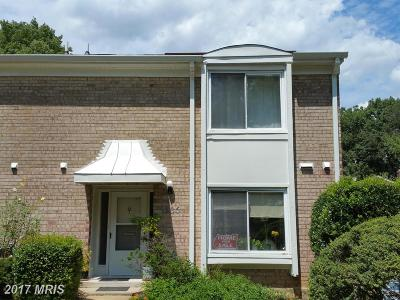 Fairfax Townhouse For Sale: 3736 Persimmon Circle