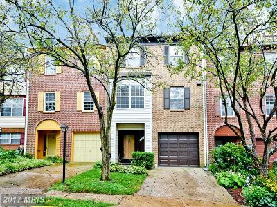 Alexandria VA Townhouse For Sale: $450,000