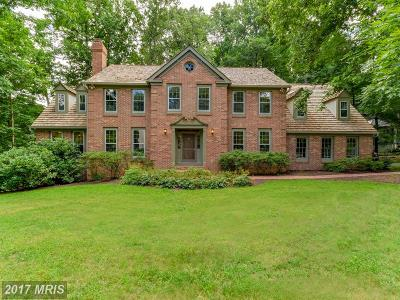 Fairfax Station VA Single Family Home For Sale: $979,900