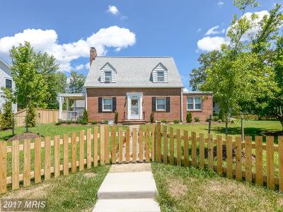 Herndon Single Family Home For Sale: 622 Spring Street