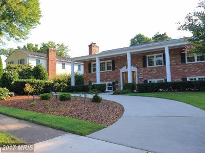 McLean Single Family Home For Sale: 1605 Mary Ellen Court