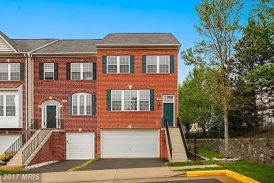 Fairfax Townhouse For Sale: 11559 Cavalier Landing Court