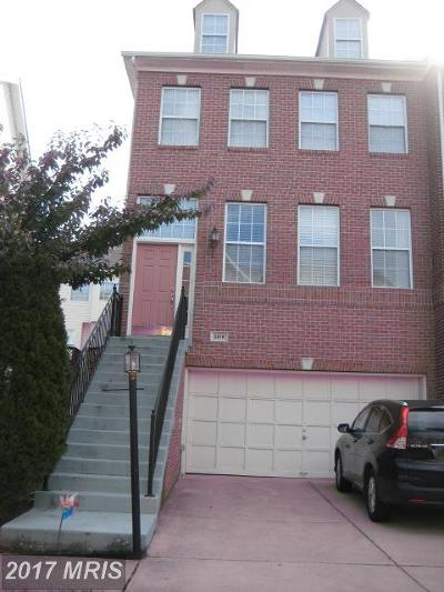 Reston, Herndon Townhouse For Sale: 2619 Tarleton Corner Drive