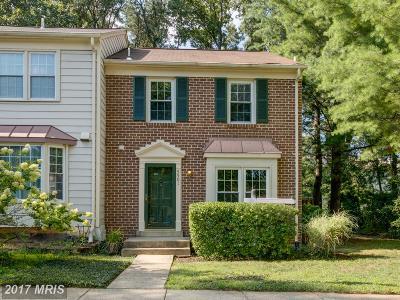 Fairfax Townhouse For Sale: 5501 La Cross Court
