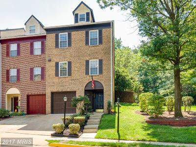 Alexandria Townhouse For Sale: 6051 Heatherwood Drive