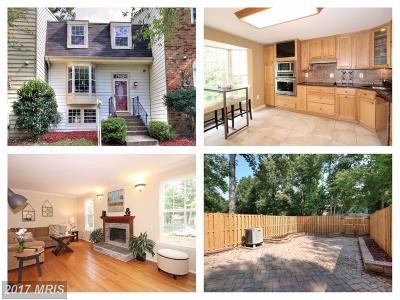 Burke Townhouse For Sale: 10002 Chestnut Wood Lane
