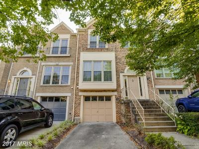 Falls Church VA Townhouse For Sale: $699,000