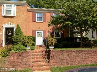 Springfield Townhouse For Sale: 7656 Tiverton Drive