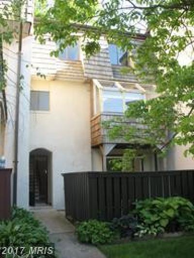 Reston Townhouse For Sale: 1629 Valencia Way