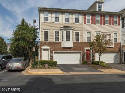 Falls Church Townhouse For Sale: 8126 Harper Valley Lane #28