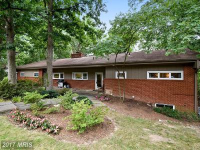 Falls Church Single Family Home For Sale: 6331 Crosswoods Drive