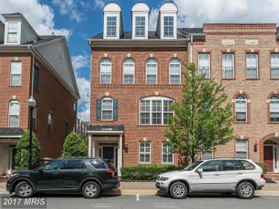 Herndon Townhouse For Sale: 131 Fortnightly Boulevard