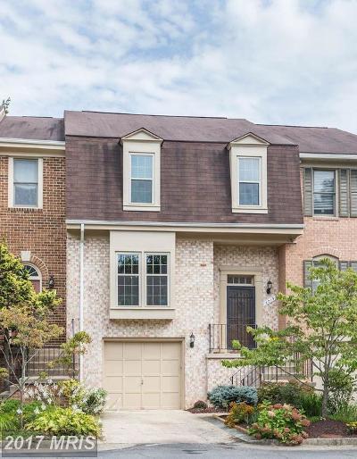 Oakton VA Townhouse For Sale: $619,000